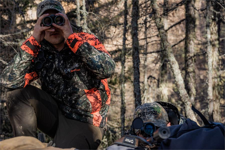 Abbigliamento STRASSER per la caccia e l'outdoor