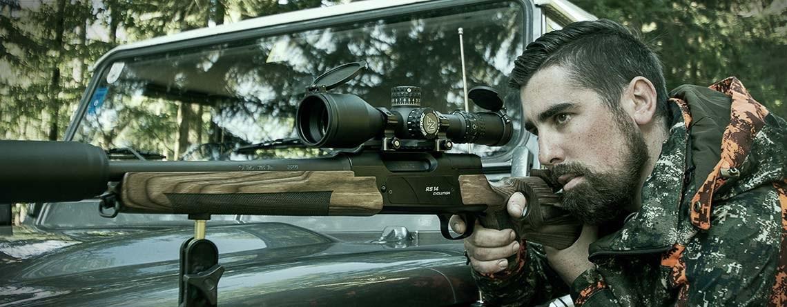 STRASSER Jagdgewehre und Sportgewehre mit einem Nightforce Zielfernrohr